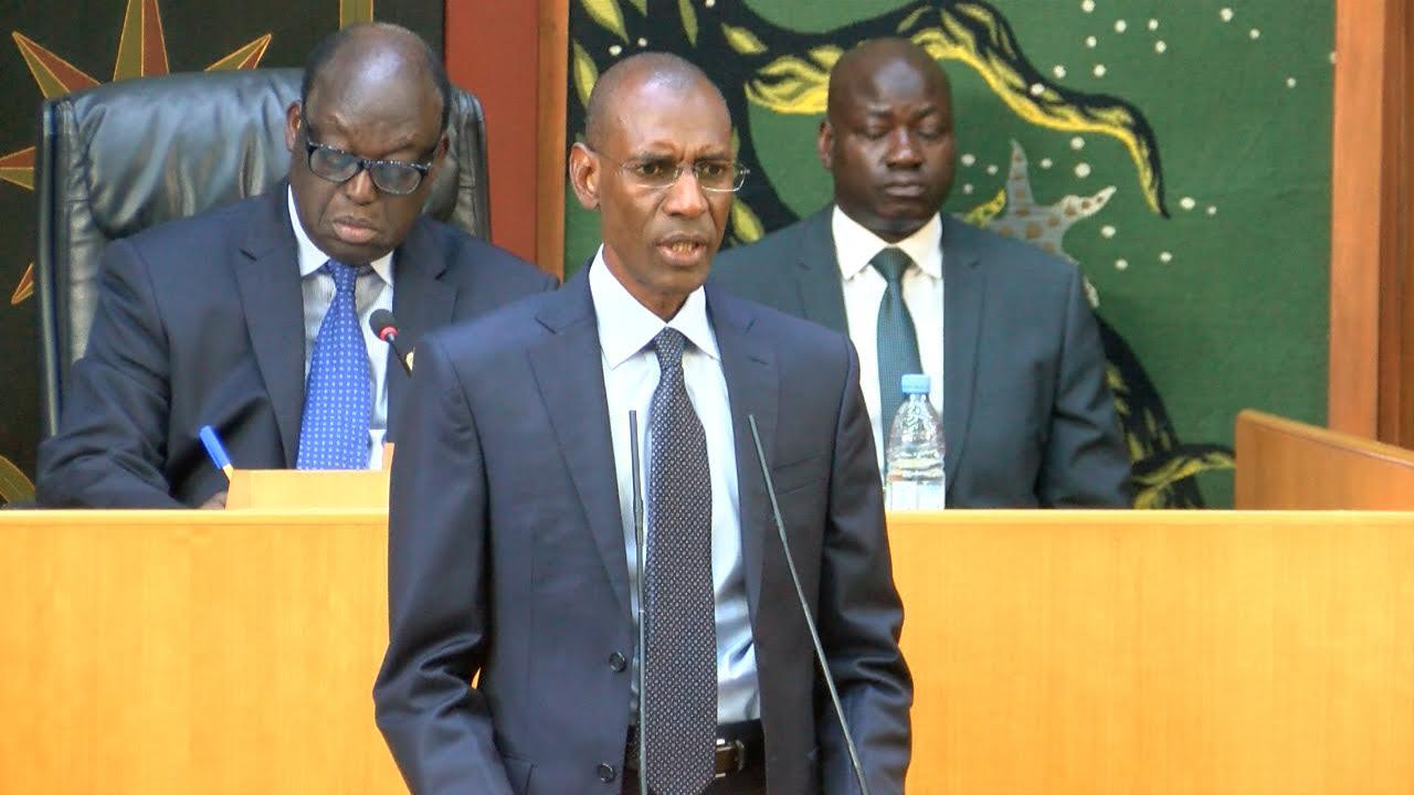 Assemblée Nationale : En pleine séance plénière avec les députés, le ministre Abdoulaye Daouda Diallo écourte les discussions.