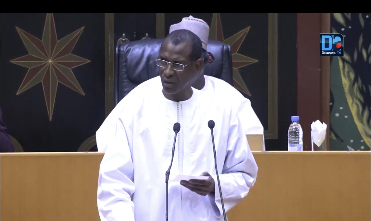 """Assemblée nationale / Le ministre des finances sur la tension de trésorerie : """" C'est des coupes budgétaires auxquelles mon département fait face..."""""""