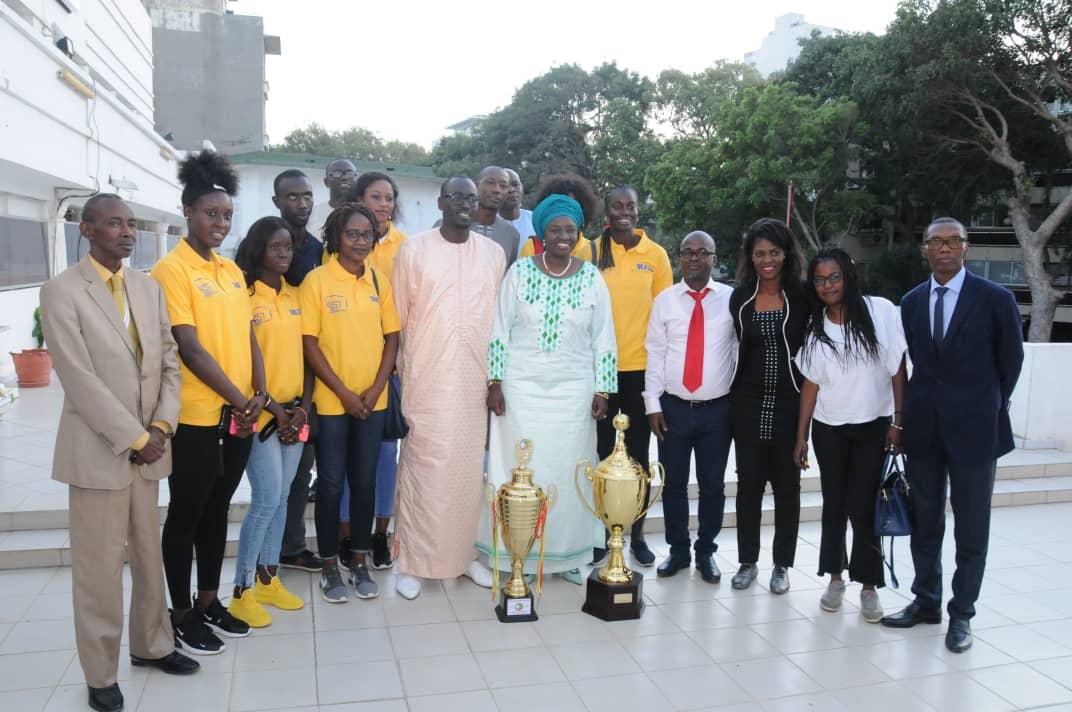 Aminata Touré aux  basketteuses de l'As Ville de Dakar : « Il faut cultiver le patriotisme dans et en dehors du terrain »