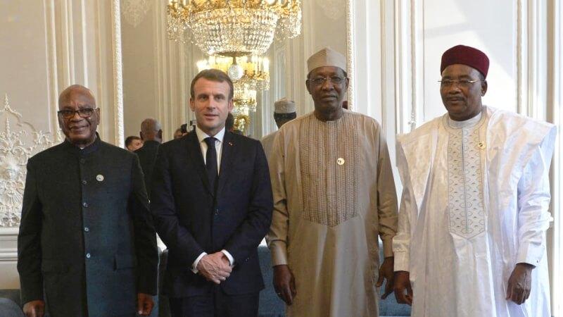 Convocation de Macron : quand des présidents marionnettes nous dirigent