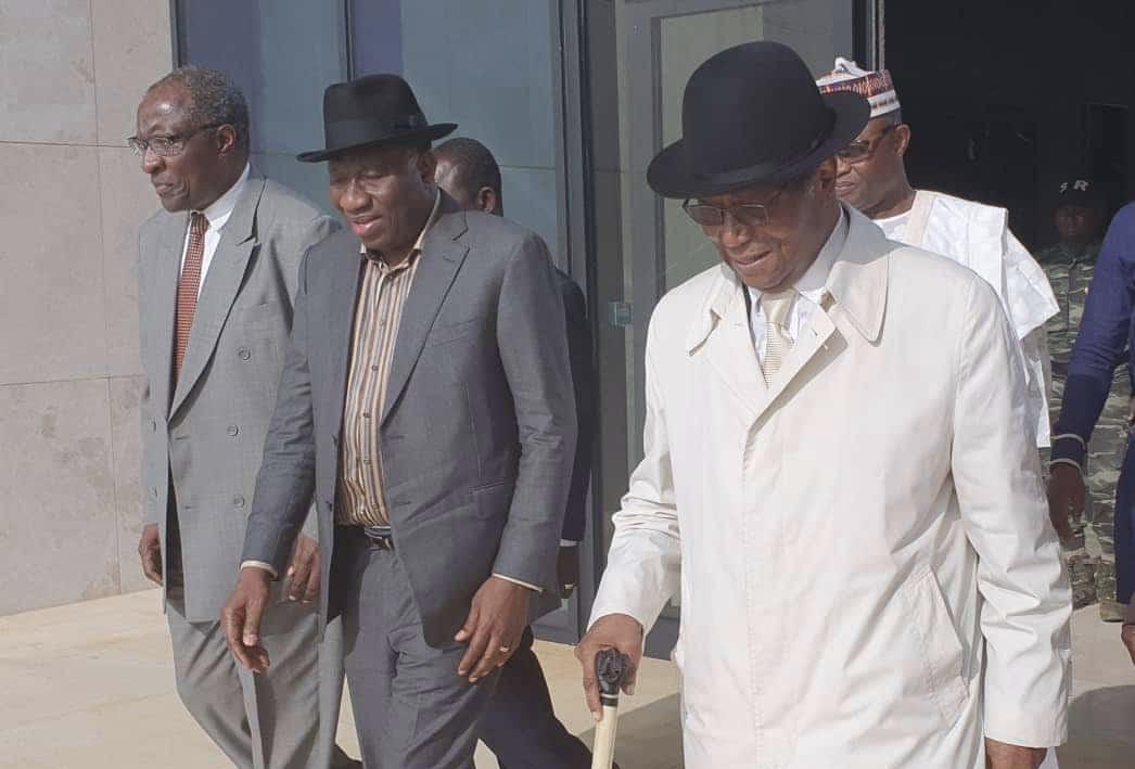 Évaluation du processus électoral en Guinée : Deux anciens chefs d'État d'Afrique de l'Ouest à Conakry.