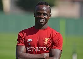Équipementier : Liverpool quitte New Balance pour Nike, Sadio Mané en passe de suivre les « Reds » ?