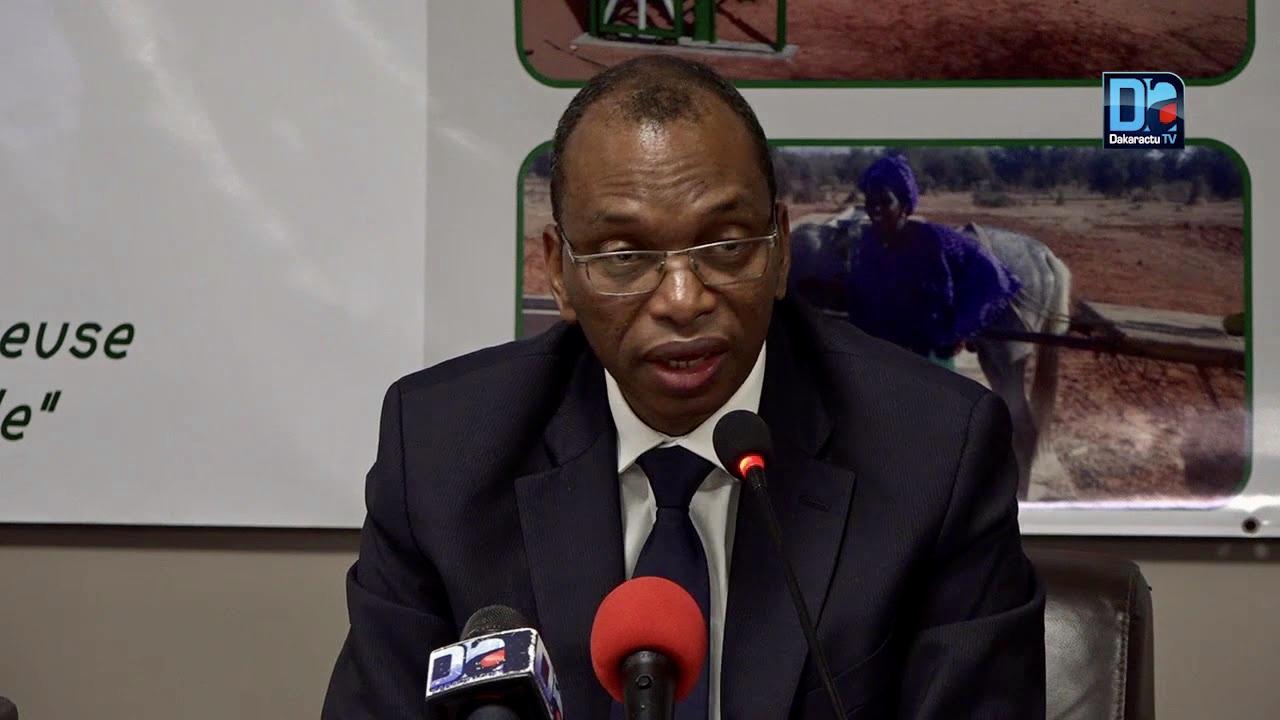 Décrets de nomination au grade de Professeur Titulaire des Universités : Le RUR félicite le Chef de l'Etat et encourage le ministre de l'Enseignement Supérieur.