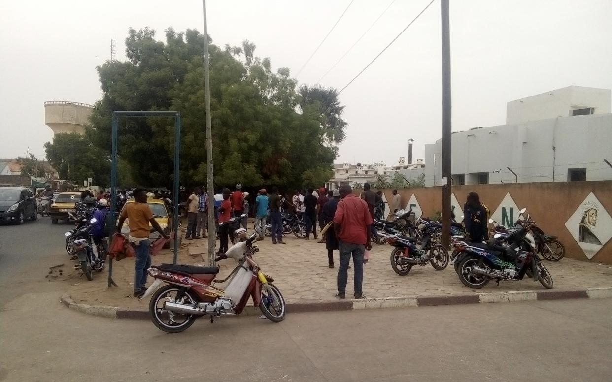 Décès du fils de Abdou Aziz Américain : Les talibés Baye prennent d'assaut l'hôpital de Kaolack... La piste de la négligence évoquée..