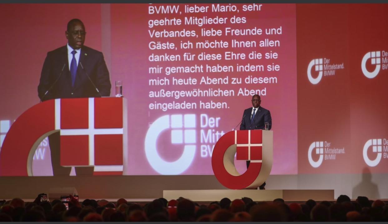 MIGRATION CLANDESTINE / Le Président Macky Sall donne la recette à Merkel et aux hommes d'affaires Allemands.