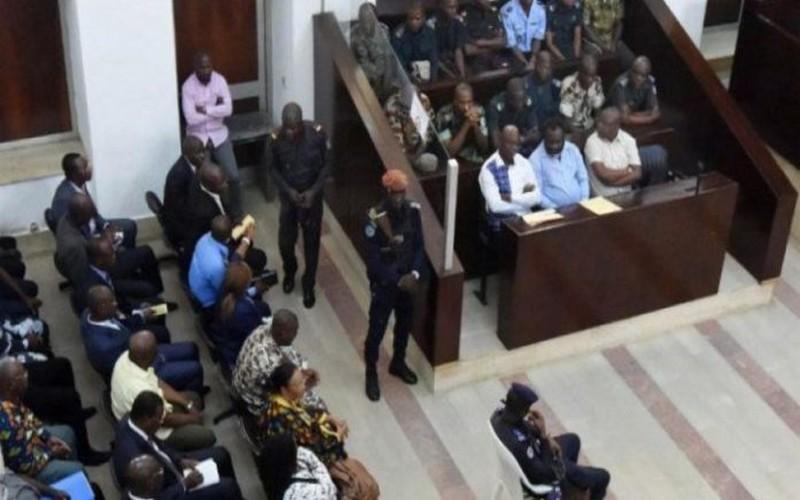 Chambre criminelle : Les braqueurs des cambistes de Orabank lourdement condamnés.