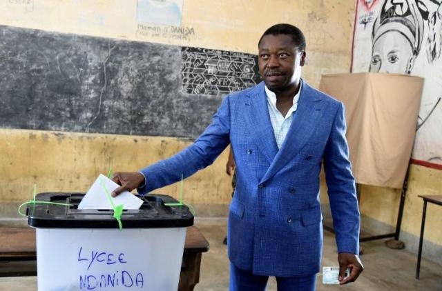 Présidentielle au Togo : Faure Gnassingbé reconduit pour un 4e mandat avec plus de 72% des voix.