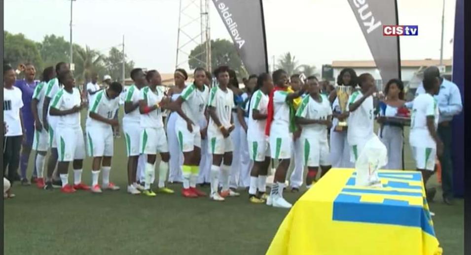 """Foot féminin / Tournoi UFOA (zone A) : Les """"Lionnes"""" étrillent le Mali 3-0 et remportent la finale."""