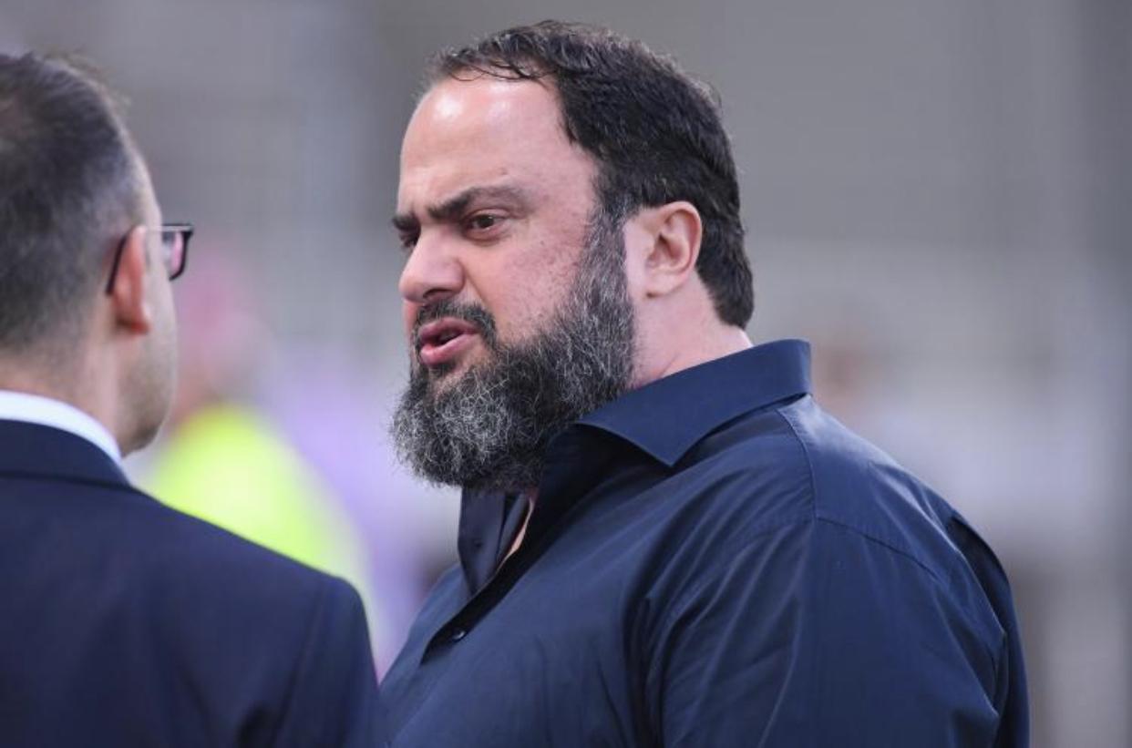 FOOTBALL : Evángelos Marinákis, président d'Olympiakos testé positif au coronavirus.