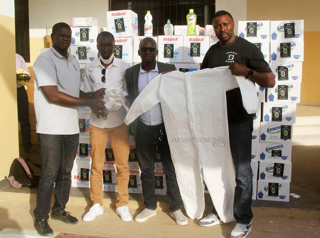 Coronavirus au Sénégal : La fondation Gorgui Dieng offre des kits de protection du personnel médical