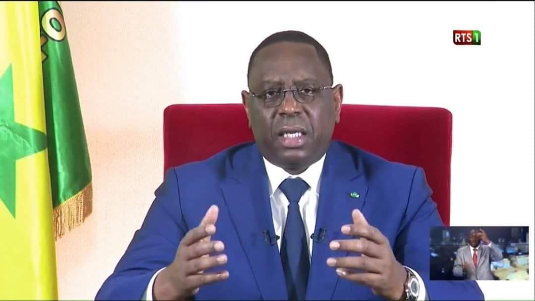 Urgent : Le Président Macky Sall gracie 2036 détenus.
