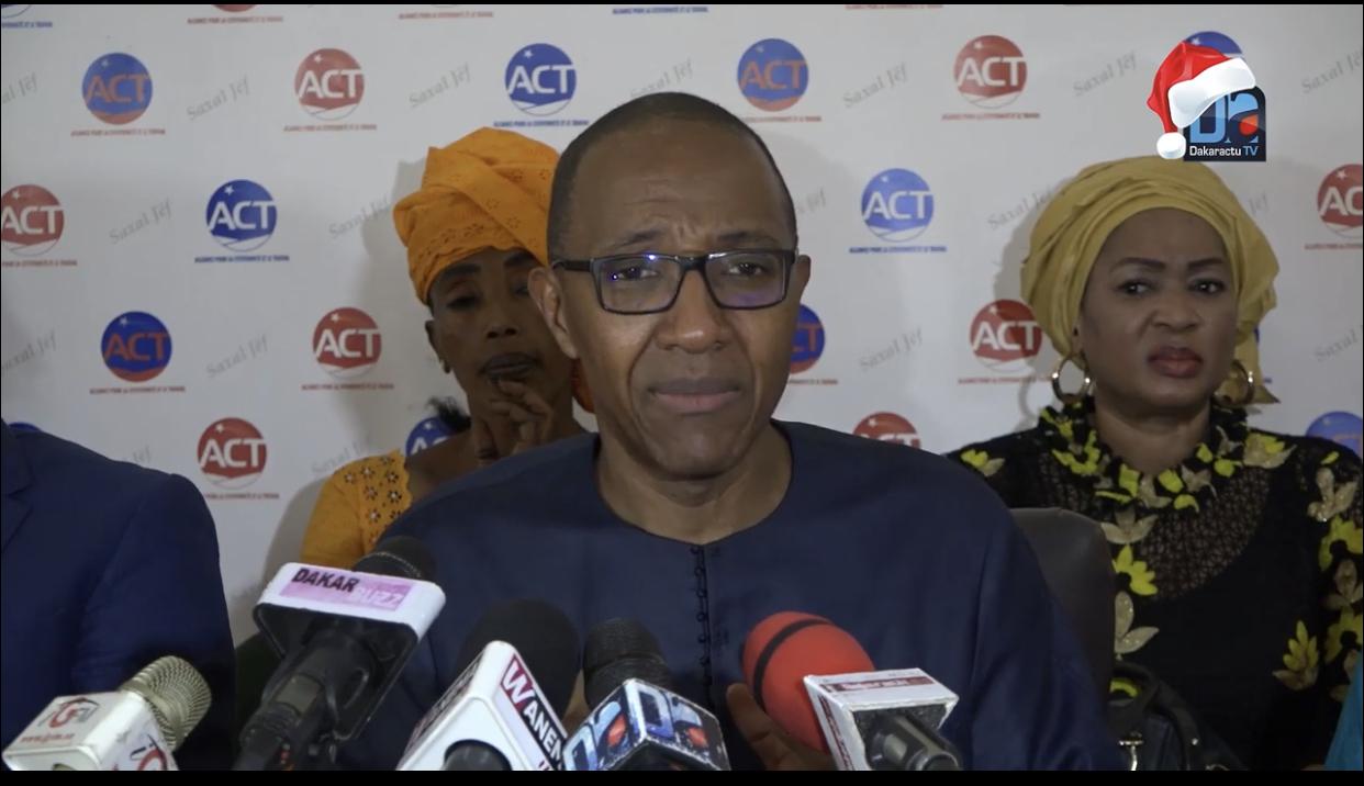Covid-19 / Abdoul Mbaye : «Le confinement ne peut être possible que si les foyers les moins nantis disposent d'une aide alimentaire»