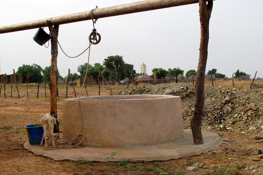 Drame à Kaolack : Un talibé meurt noyé dans une étendue d'eau stagnante remplie de puits.