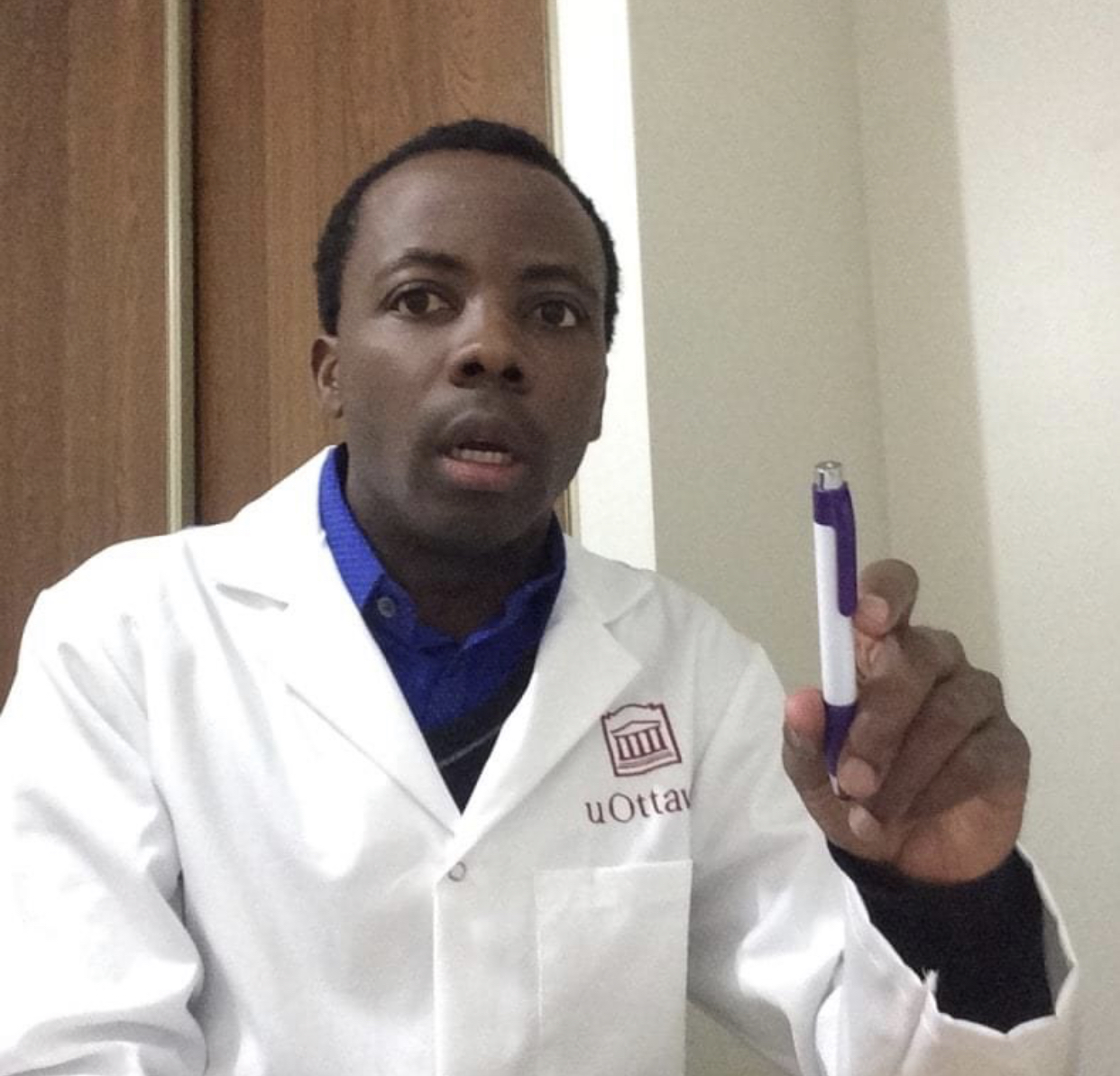 À l'origine du Covid-organics, le Dr Jérôme Munyangi fait un clin d'œil aux États africains intéressés par l'artémisia.