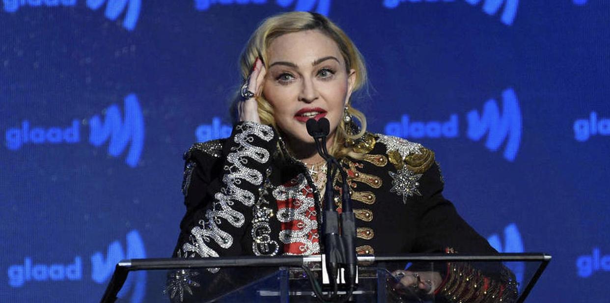 Coronavirus : Madonna affirme avoir été contaminée quand elle était à Paris.