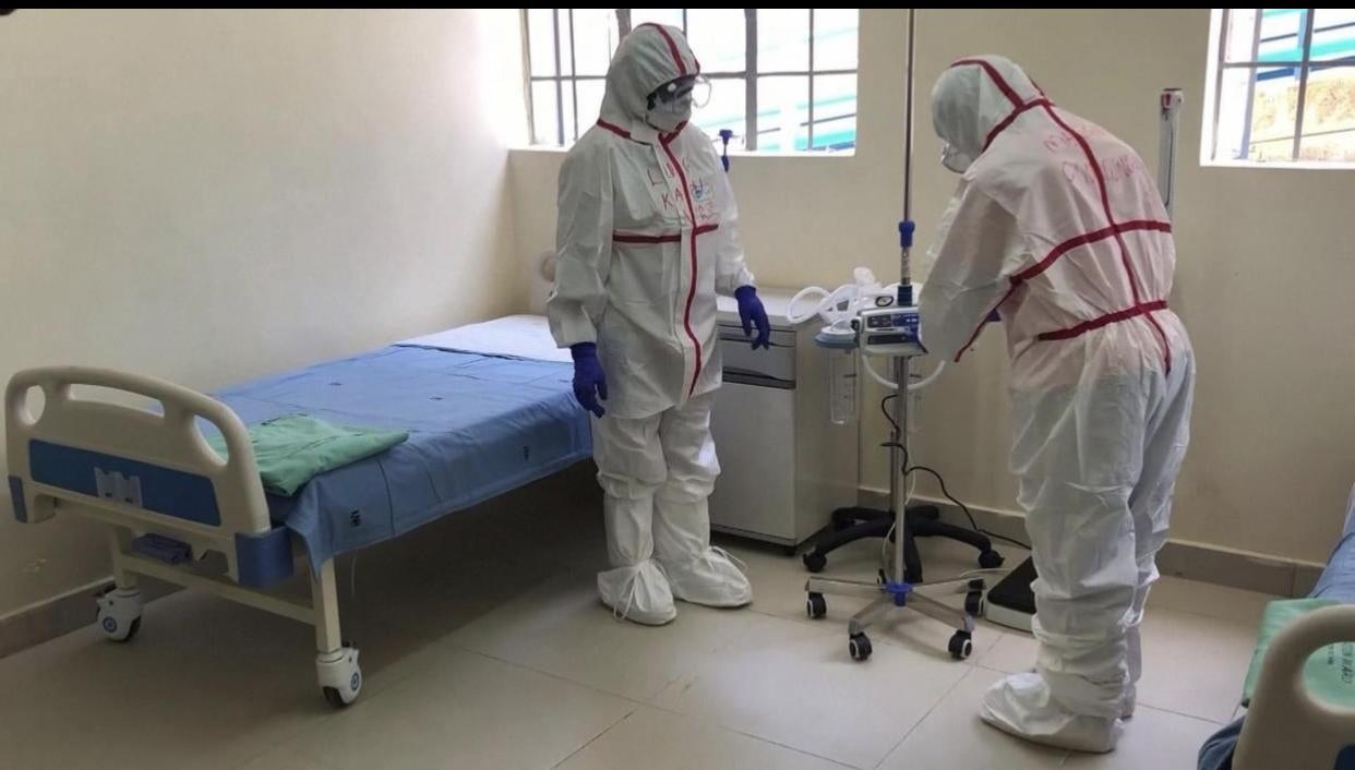 DÉCRYPTAGE – Plus de  21 000 tests, 1 500 cas positifs, 900 malades, 600 guéris : Covid-19 au Sénégal, des chiffres et des records.