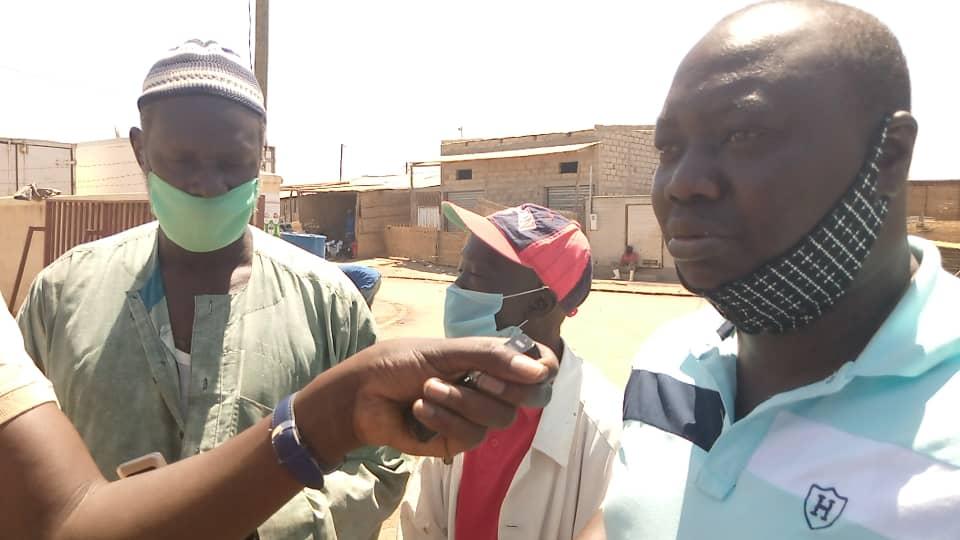 Kaolack / Lutte contre le Covid-19 : Moussa Fall offre plus de 2.000 masques aux populations.