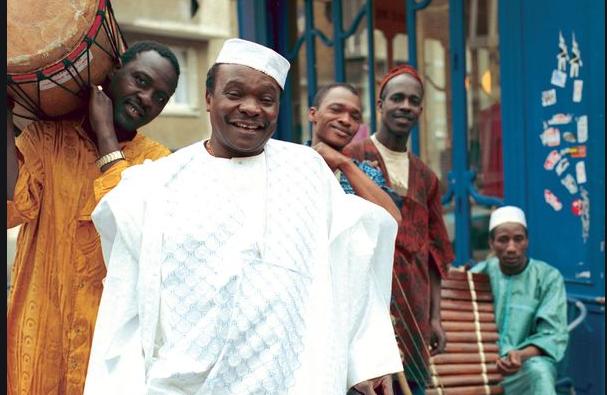 GUINÉE : Décès de l'artiste Mory Kanté à Conakry.