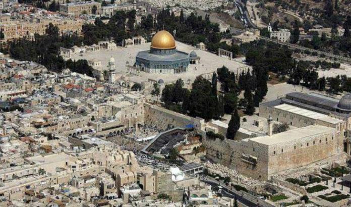 LA JOURNÉE MONDIALE AL QUDS : Devoir de solidarité avec le peuple frère opprimé de Palestine et de défense des Lieux Saints de l'Islam.