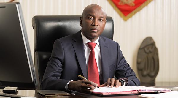 Officiel : Le ministre de l'intérieur limite l'espace de circulation des détenteurs d'autorisations spéciales pour raisons professionnelles.