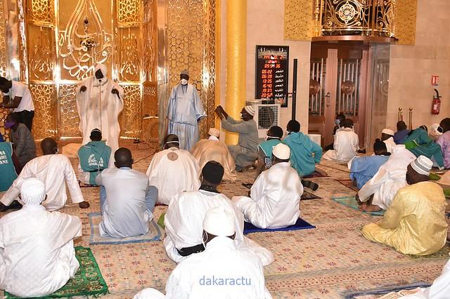 LES IMAGES DE LA PRIÈRE DE L'AÏD-EL-FITR à la Mosquée Massalikul Djinane