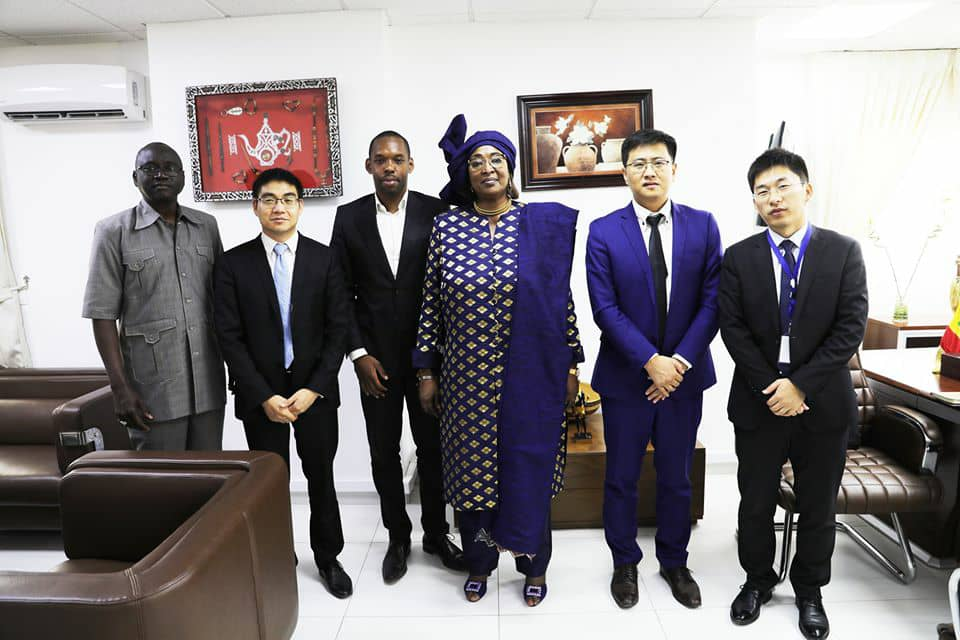Covid 19: Huawei œuvre aux côtés du peuple sénégalais et du Ministre de l'Économie Numérique et des Télécommunications.