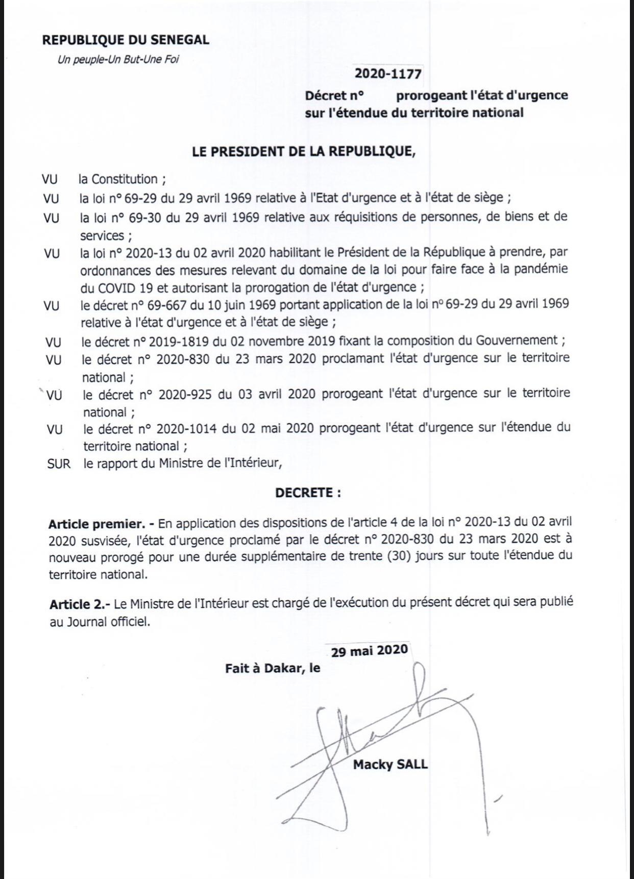 URGENT : Le président Macky Sall prolonge l'état d'urgence de 30 jours.
