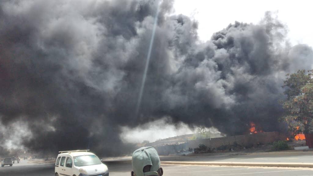 Incendie vers le cimetière Saint-Lazare : Un espace vert vient de prendre feu...