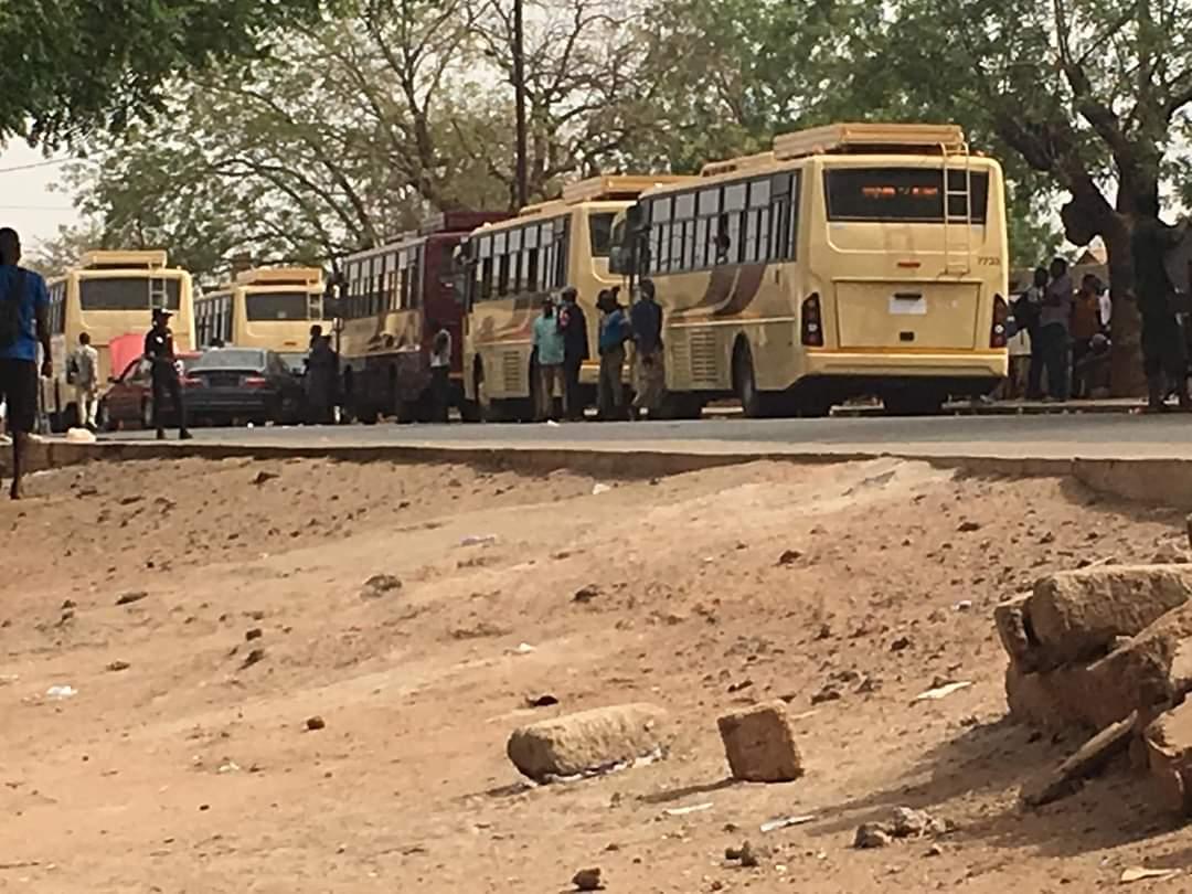 VOYAGE PÉRILLEUX ET PÉNIBLE  Comment les enseignants ont souffert lors de leur voyage Dakar-Oussouye (495 km) pour 15 heures de route.