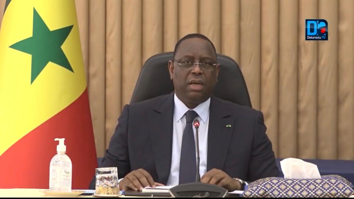 Reprise des cours : Le président de la République Macky Sall rend hommage aux Enseignants.