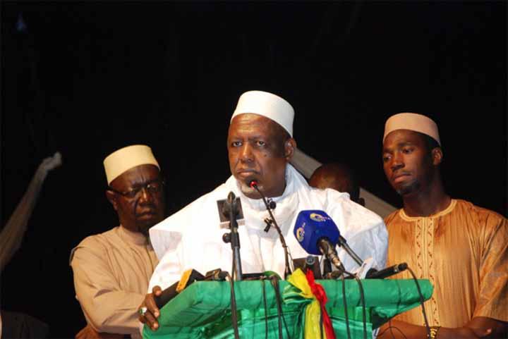 Mali : L'Imam Dicko et ses partisans réclament la démission d'IBK et lui donnent un ultimatum.
