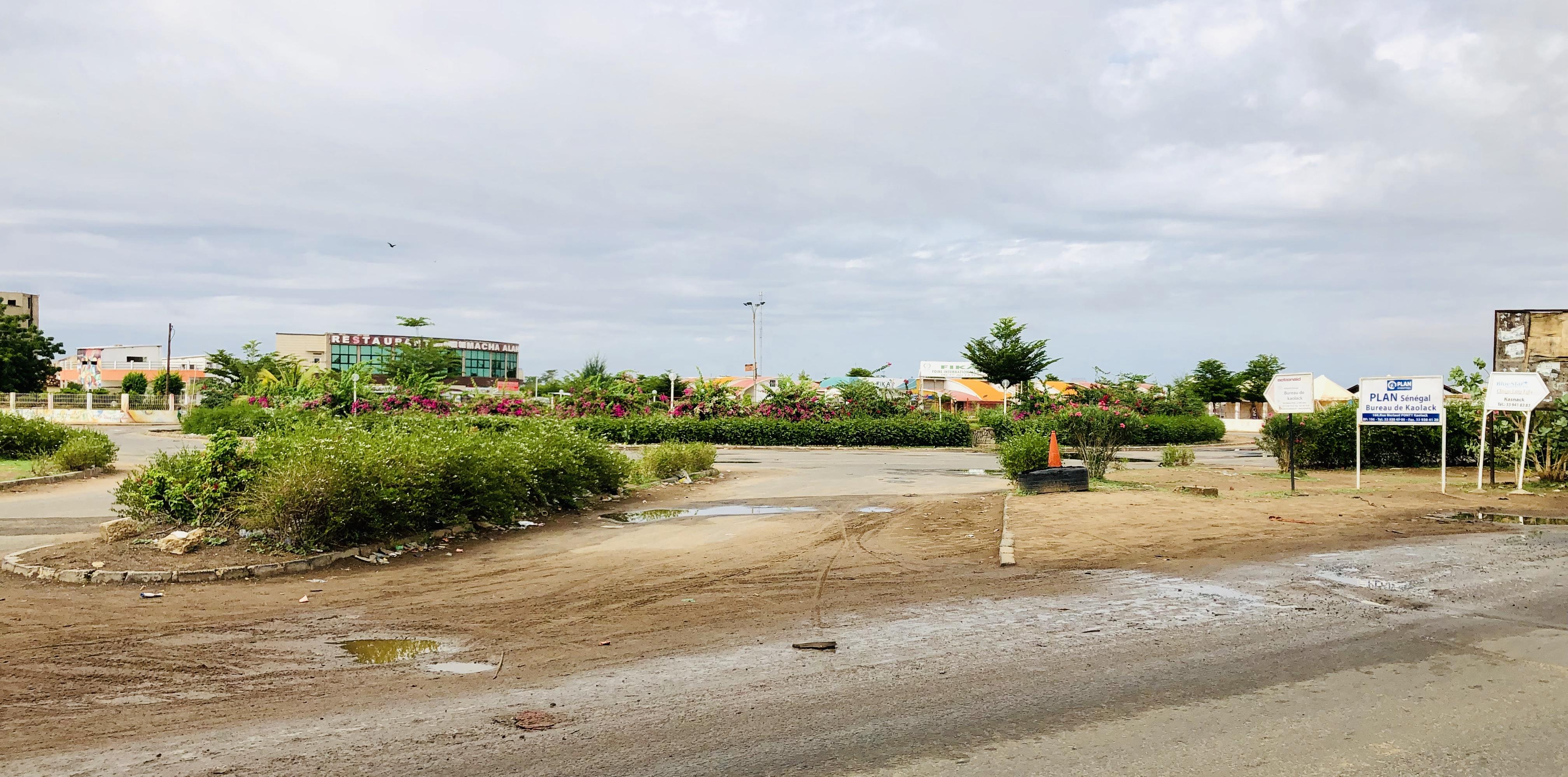 Cœur de Ville de Kaolack : La DSCOS envoie à  Serigne Mboup une sommation d'arrêt des travaux de construction d'un terrain de football... La direction apporte des précisions.