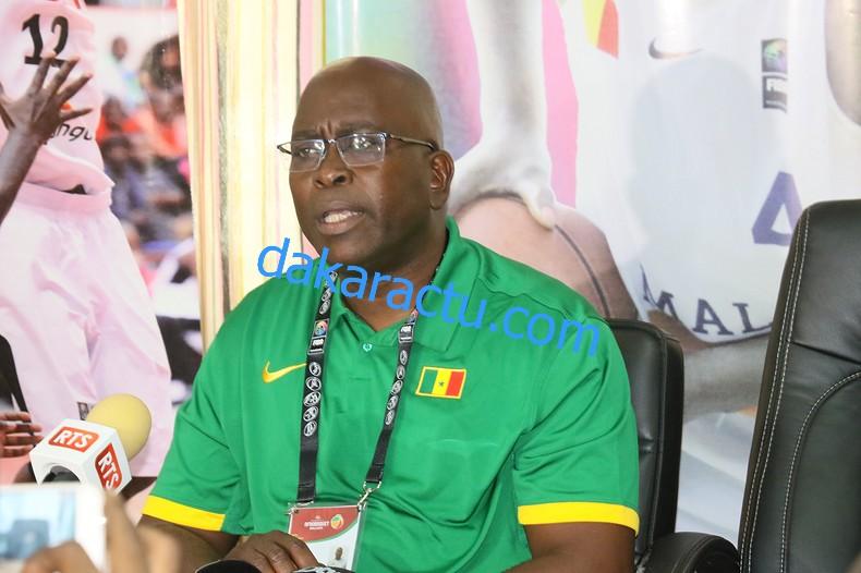 Moustapha Gaye (Coach des Lionnes) : « Je ne serais jamais dans la polémique avec Astou Traoré… »