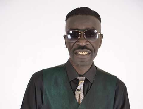 Avenue Bourguiba : L'artiste Souleymane Faye se fait voler ses téléphones et son sac rempli de documents.