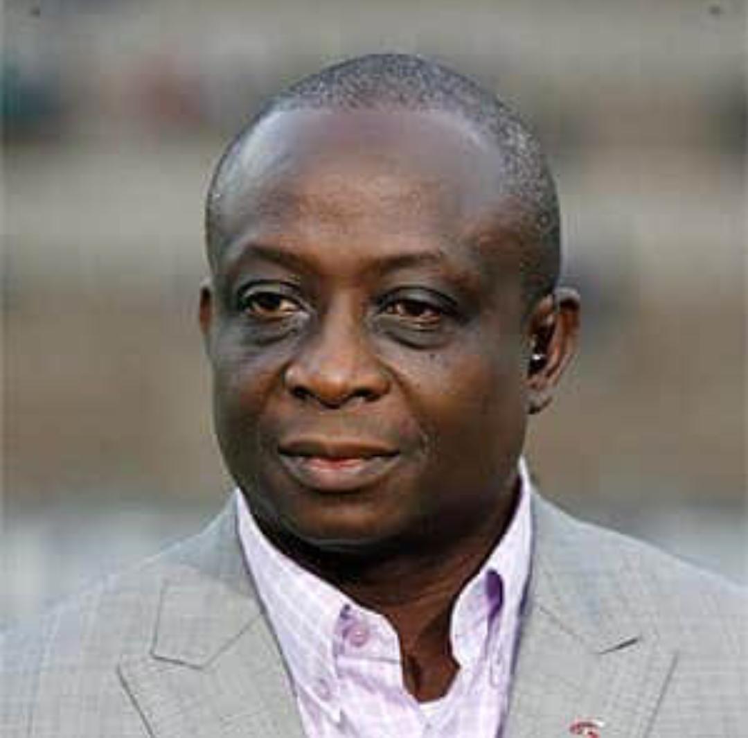 Présidence de la Fédération Ivoirienne et de la CAF : le journaliste Mamadou Gaye accuse le patron de la FIFA, Infantino, de soutenir secrètement Drogba...