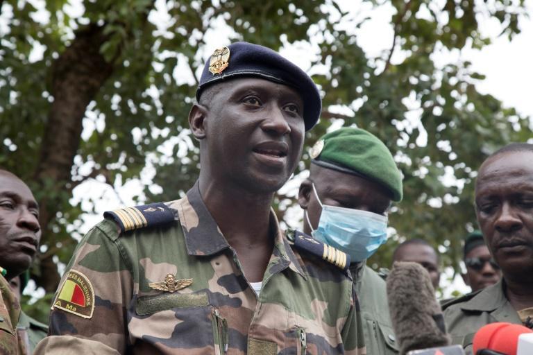 Mali : Le CNSP annonce une transition de courte durée dirigée par un militaire ou un civil .