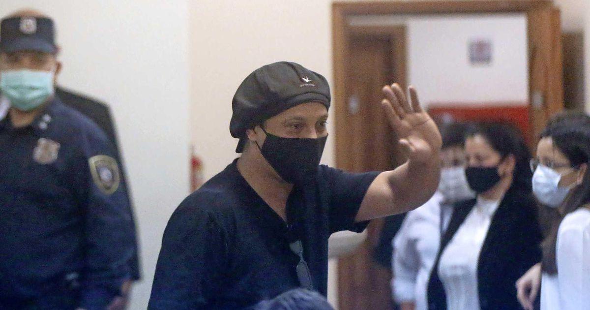 Ronaldinho libéré après plus de 5 mois de détention au Paraguay.