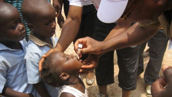 Santé : L'OMS célèbre l'éradication de la poliomyélite du continent africain.