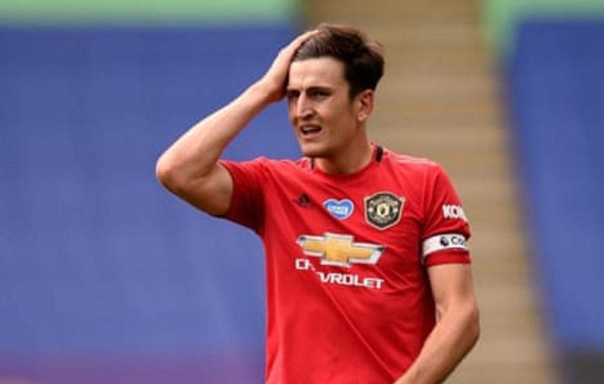 Angleterre : Le défenseur de Manchester United, Harry McGuire, condamné à 21 mois de prison avec sursis et retiré de la sélection Anglaise.