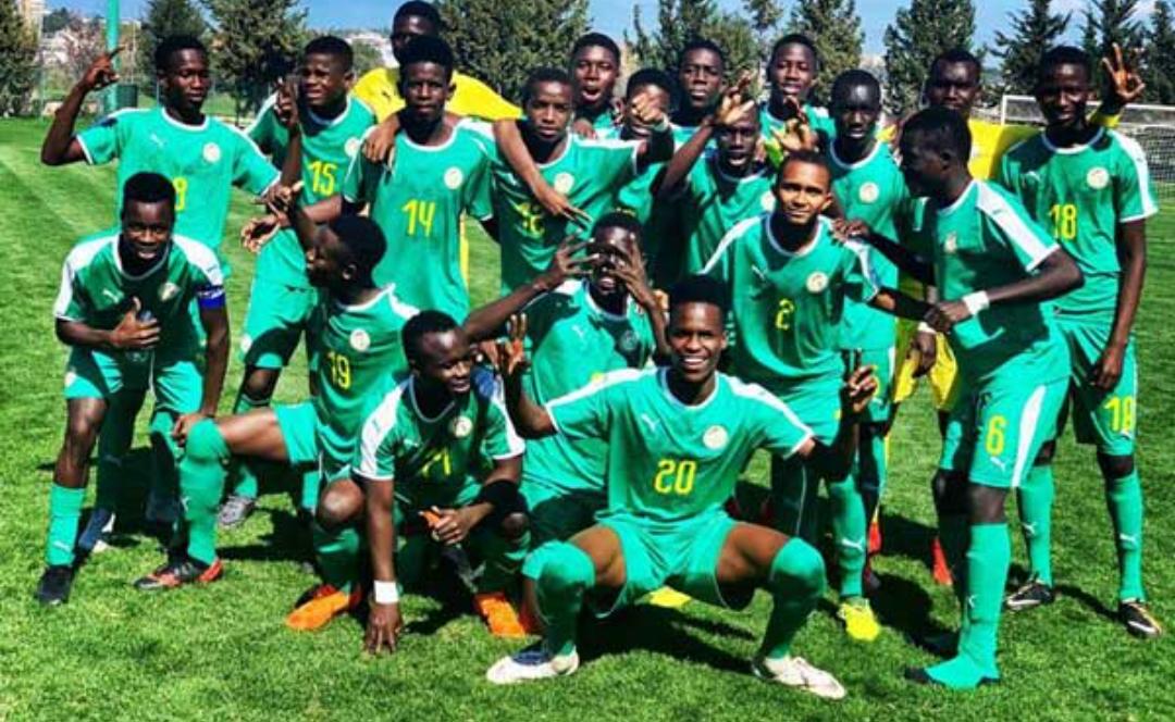 """Football / Équipe nationale U17 : 35 """" Lionceaux """" en stage de présélection à Guéréo."""