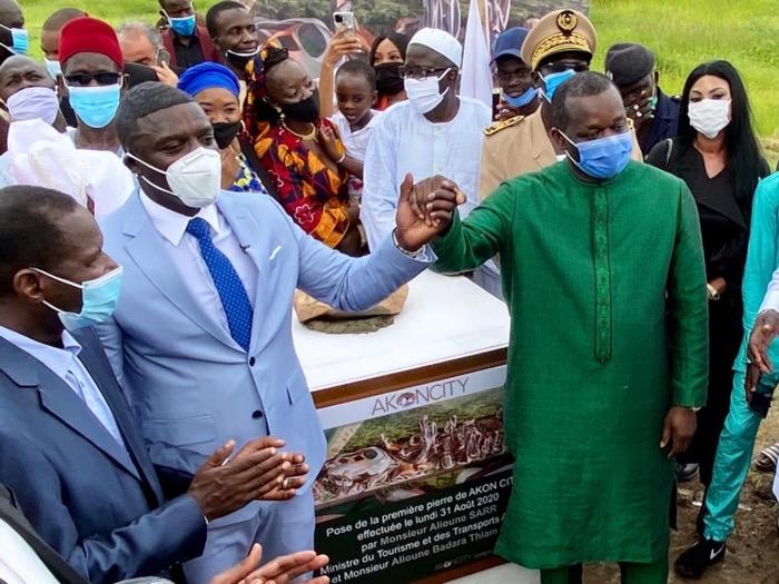 Réponse de Alioune Sarr au Forum Civil : Akon City sera bâtie sur 55 hectares, selon le ministre du Tourisme.