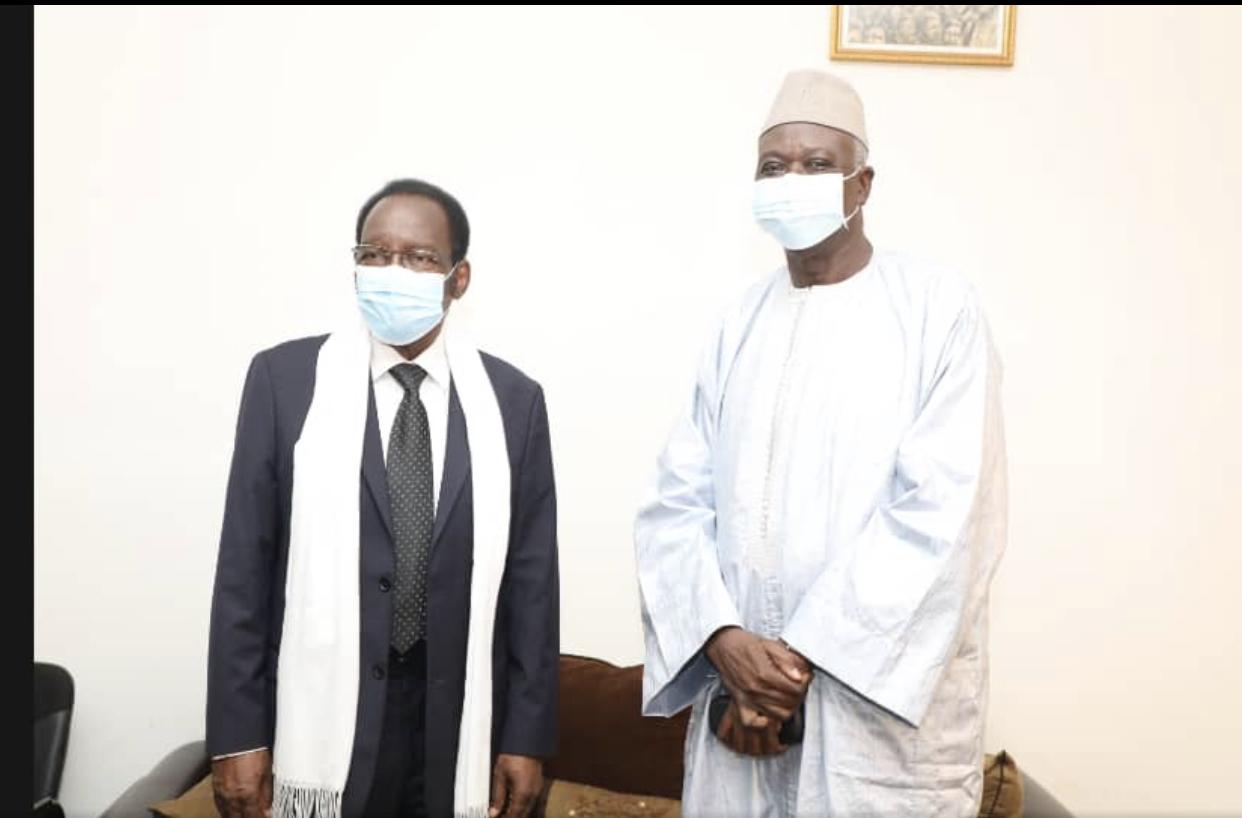 Mali : Le Colonel-Major Bah N'daw chez l'ancien président intérimaire, Dioncounda Traoré.