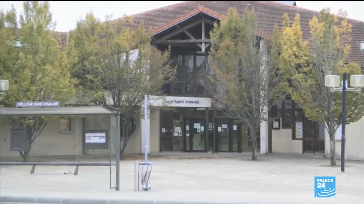 Attentat terroriste à Conflans-Sainte-Honorine : Que sait-on de l'assaillant ?