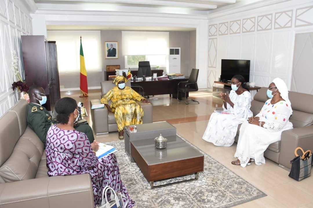Défense et Sécurité : Le Général Mbaye Cissé, directeur du CHEDS, sollicite l'expertise du Cese.