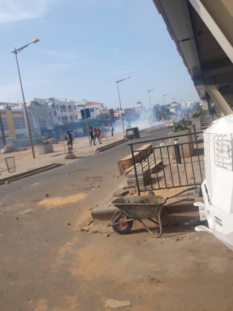 Manifestation devant l'ambassade de la Guinée au Sénégal : Le Préfet de Dakar sort le bâton et menace de rapatrier les étrangers dans leurs pays (DOCUMENT)