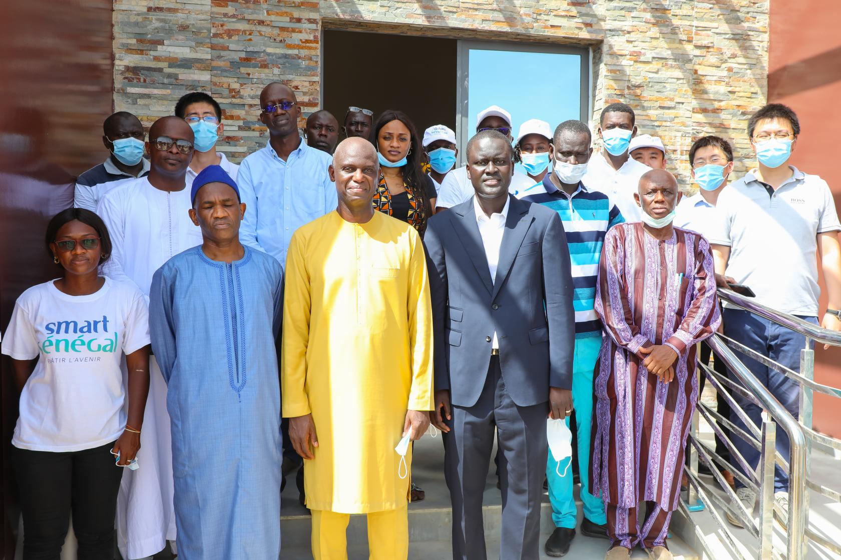 Saint-Louis : le Maire Mansour Faye visite les chantiers de Smart Sénégal