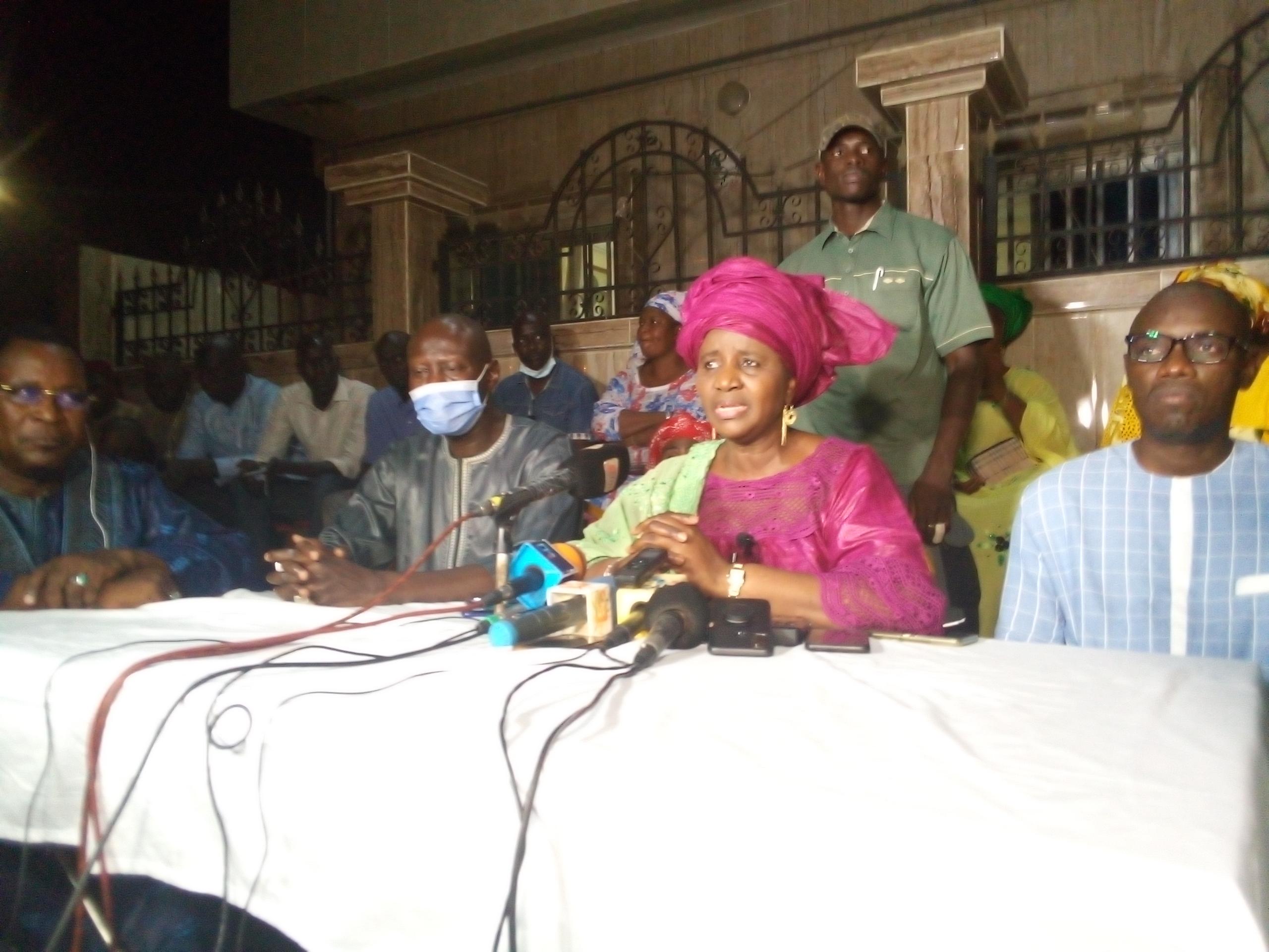 Reconduite dans le nouveau gouvernement : Mariama Sarr remercie le président Macky Sall et salue son esprit d'ouverture.