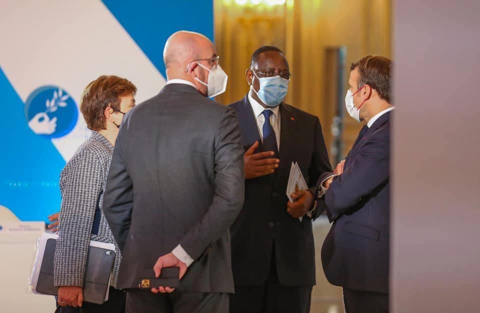 Paris : Signature d'un accord intergouvernemental relatif à la création de l'Etablissement public à caractère administratif du Campus franco-Sénégalais.