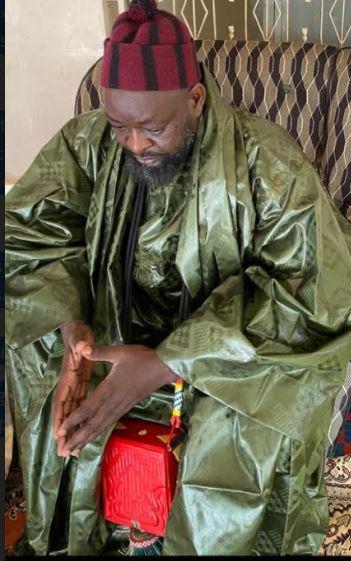 Serigne Abdou Mbacké (Khalife de Baye Cheikh Khady) : « la mer avale par centaines nos enfants, j'interpelle l'État et les religieux »