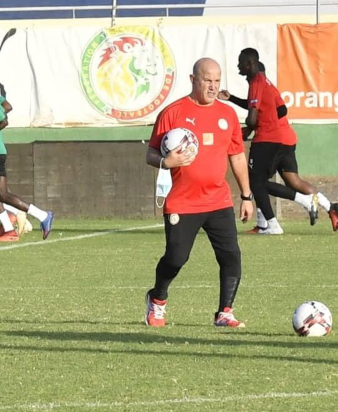 Équipe nationale : Le franco-algérien, Noureddine Bouachera rejoint le Staff d'Aliou Cissé